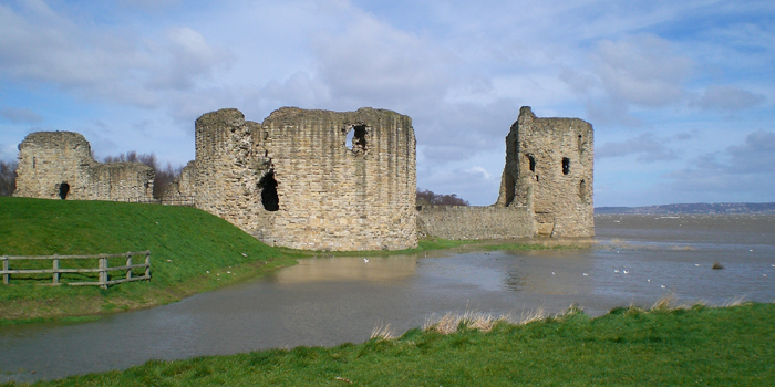 1277 AD- Flint Castle – built by Edward 1