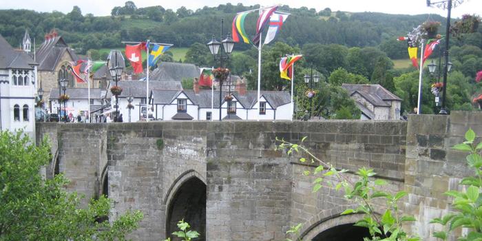 1345 AD Llangollen Bridge