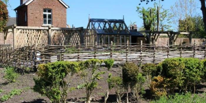 Lord's Garden, Nantclwyd y Dre © DCC